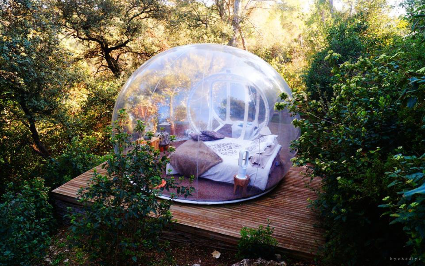 insolite dormir dans une bulle un h bergement de r ve style imparfait. Black Bedroom Furniture Sets. Home Design Ideas